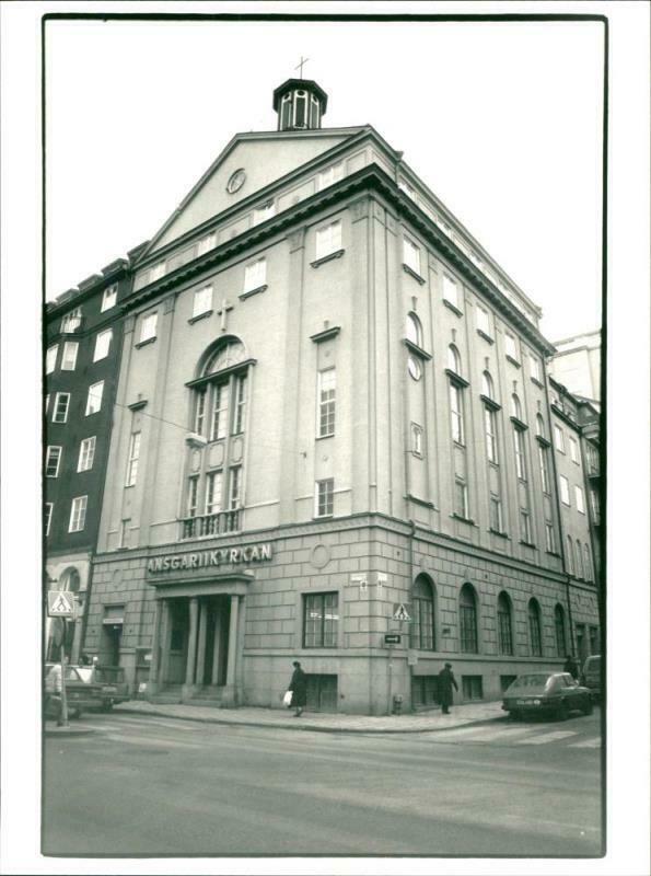 Name:  Vintage-photograph-of-Church.jpg Views: 66 Size:  62.2 KB