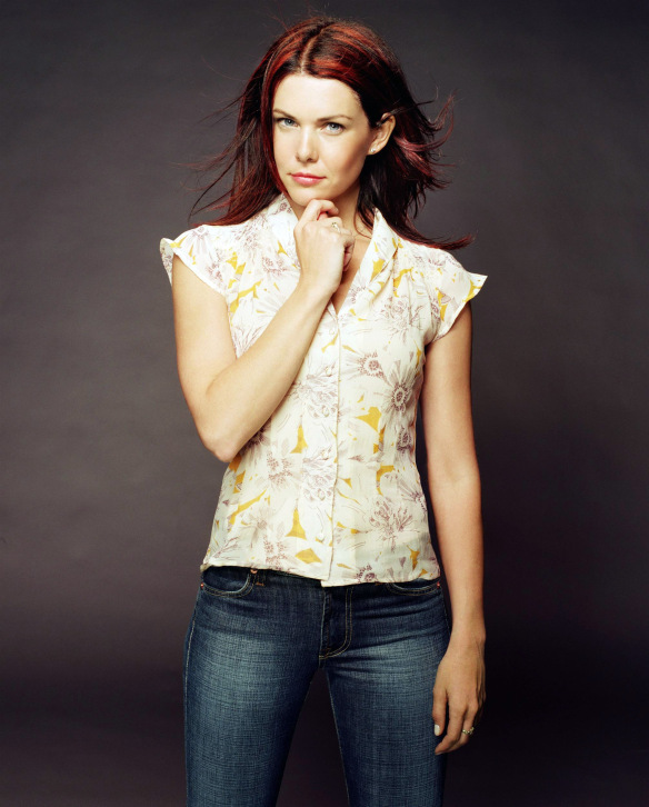 Name:  gilmore-girls-alexis-bledel-lauren-graham-rory-lorelai-girls-in-jeans-dvdbash11.jpg