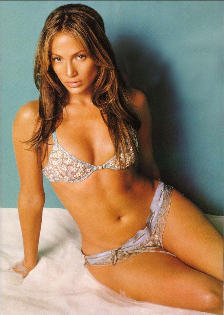 Name:  Jennifer-Lopez-Bra-Size-and-Measurements-728x1024.jpg Views: 31 Size:  111.4 KB