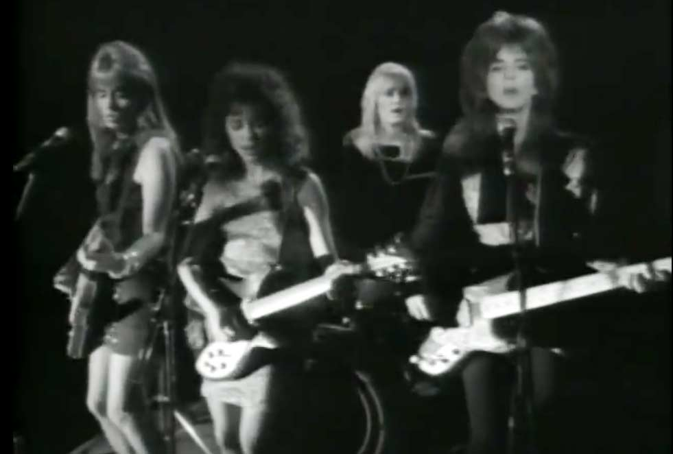Name:  the-bangles-if-she-knew-what-she-wants.jpg Views: 30 Size:  30.2 KB