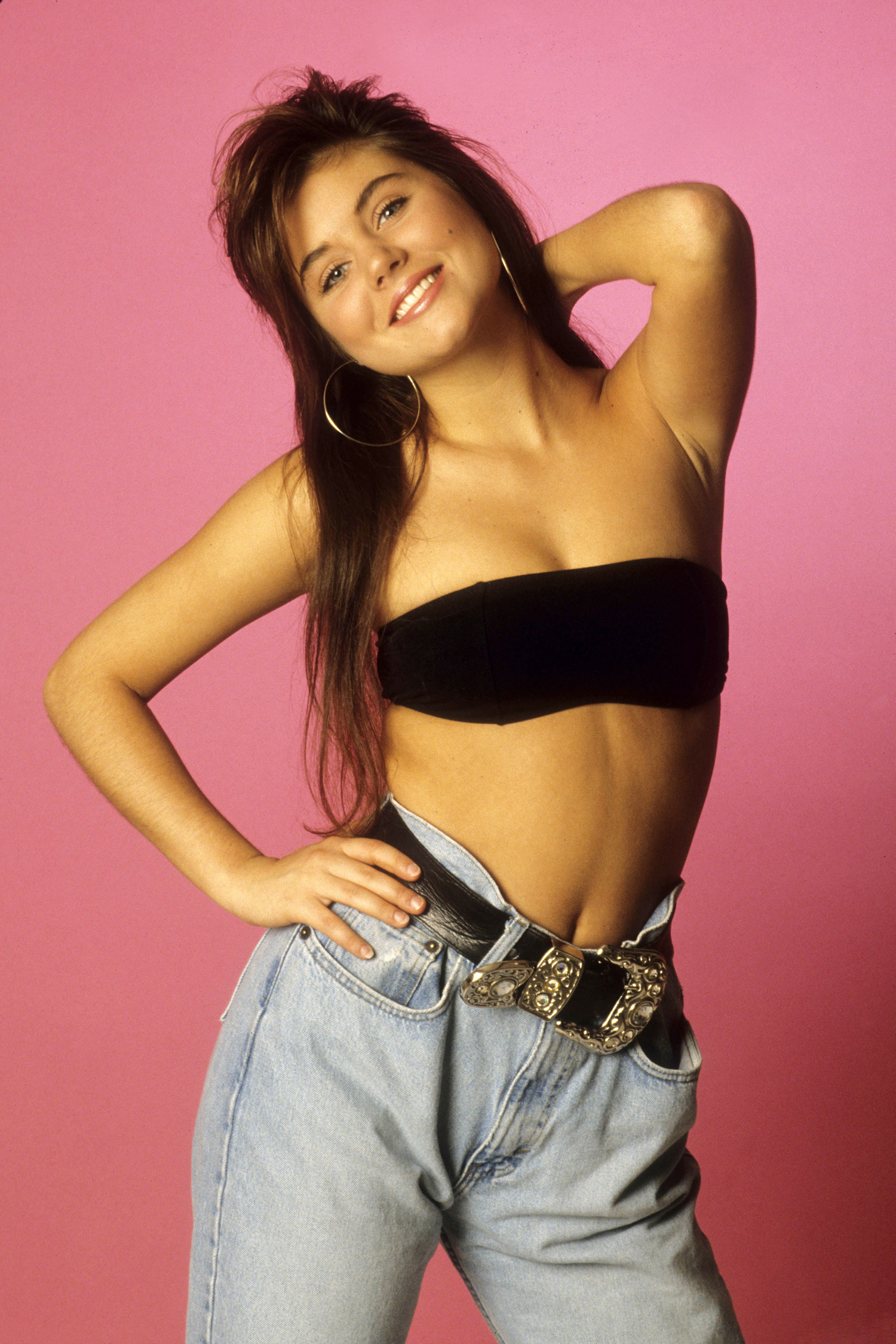 Name:  tiffani_amber_thiessen_saved_by_the_bell_0008.jpg