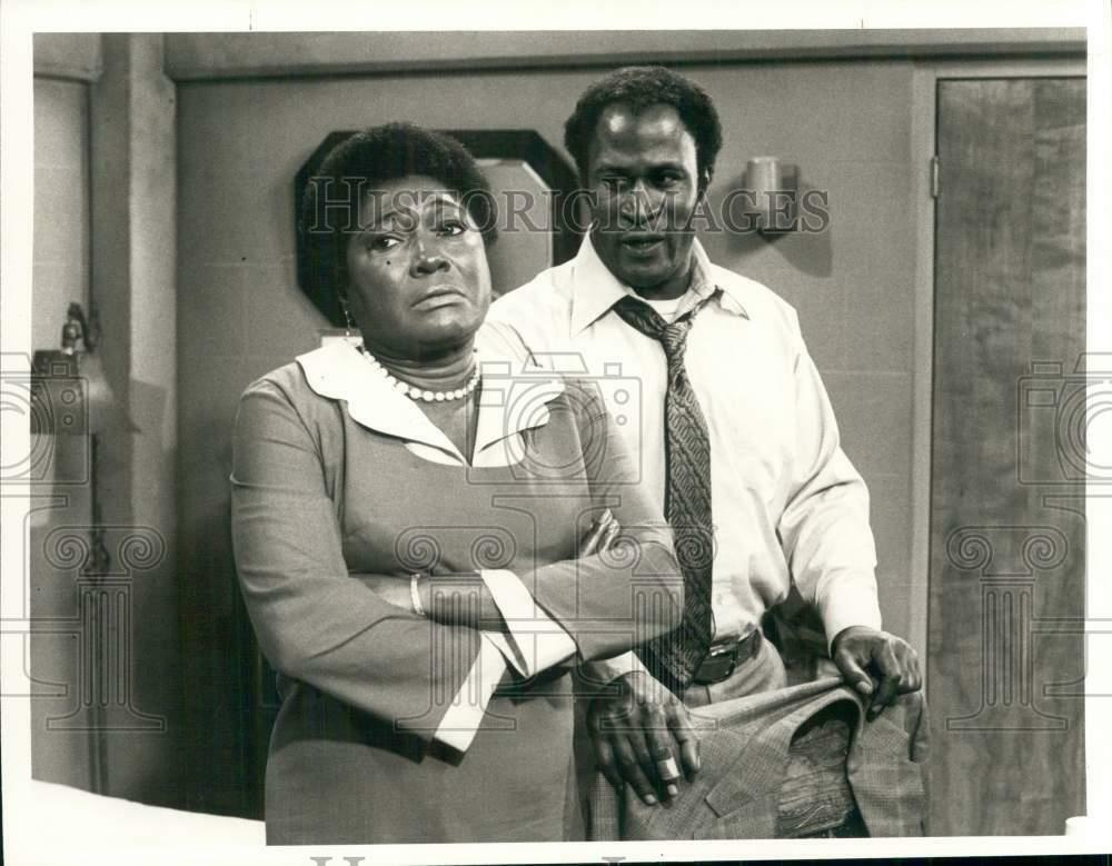 Name:  1975-Press-Photo-John-Amos-and-Esther-Rolle.jpg Views: 51 Size:  86.0 KB