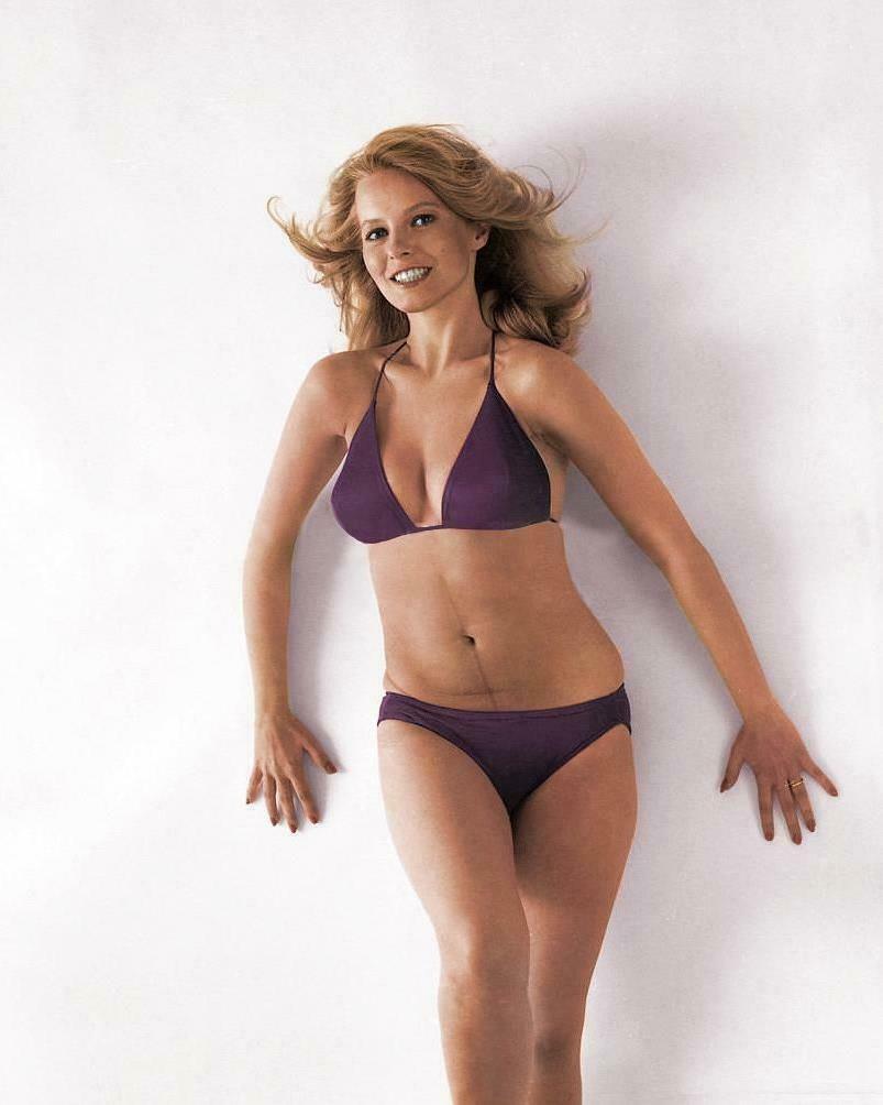 Name:  Actress-Cheryl-Ladd-8x10-Photo-G-78.jpg Views: 64 Size:  52.6 KB