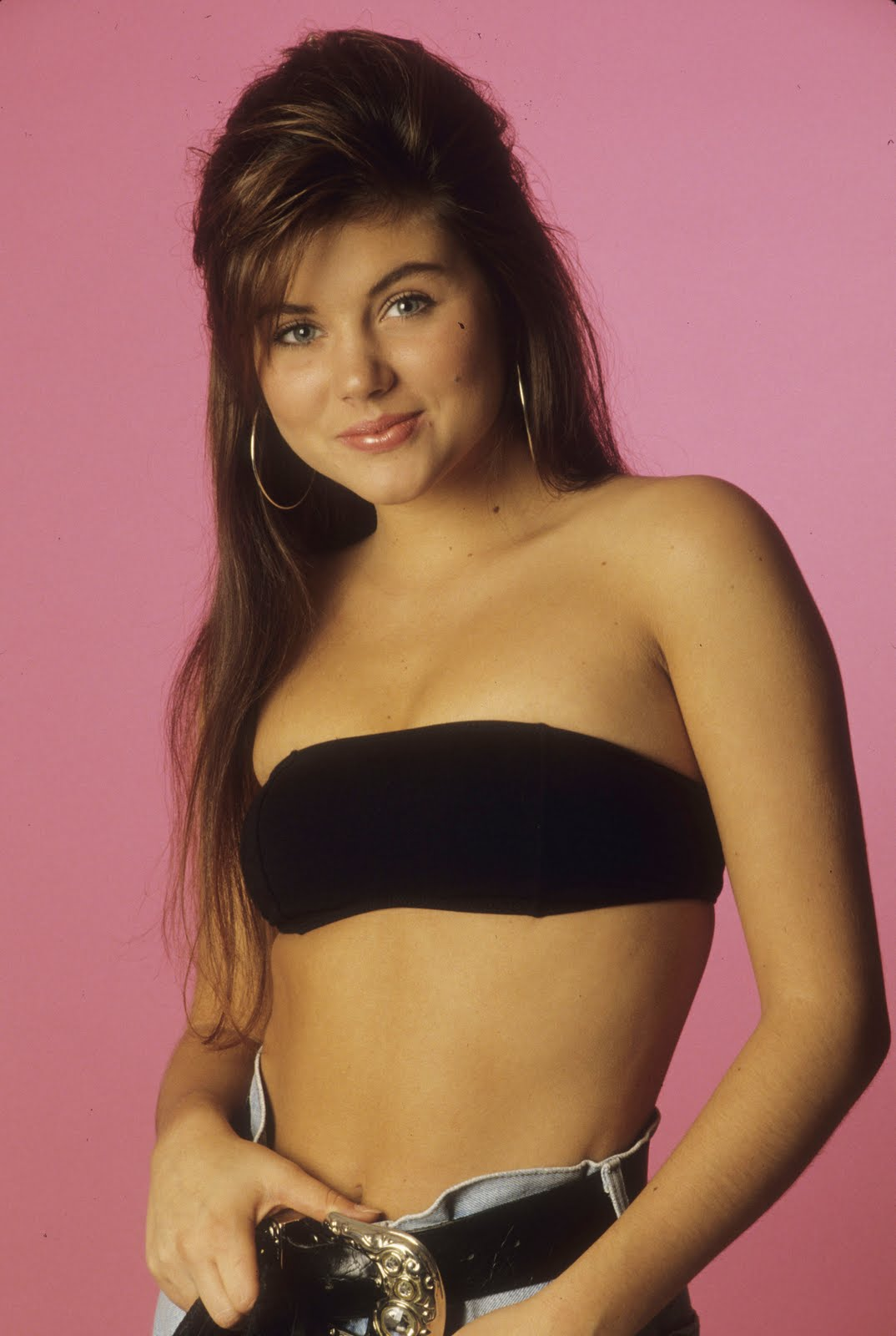 Name:  tiffani_thiessen_-_sbtb_promos_kosty555-0035.jpg