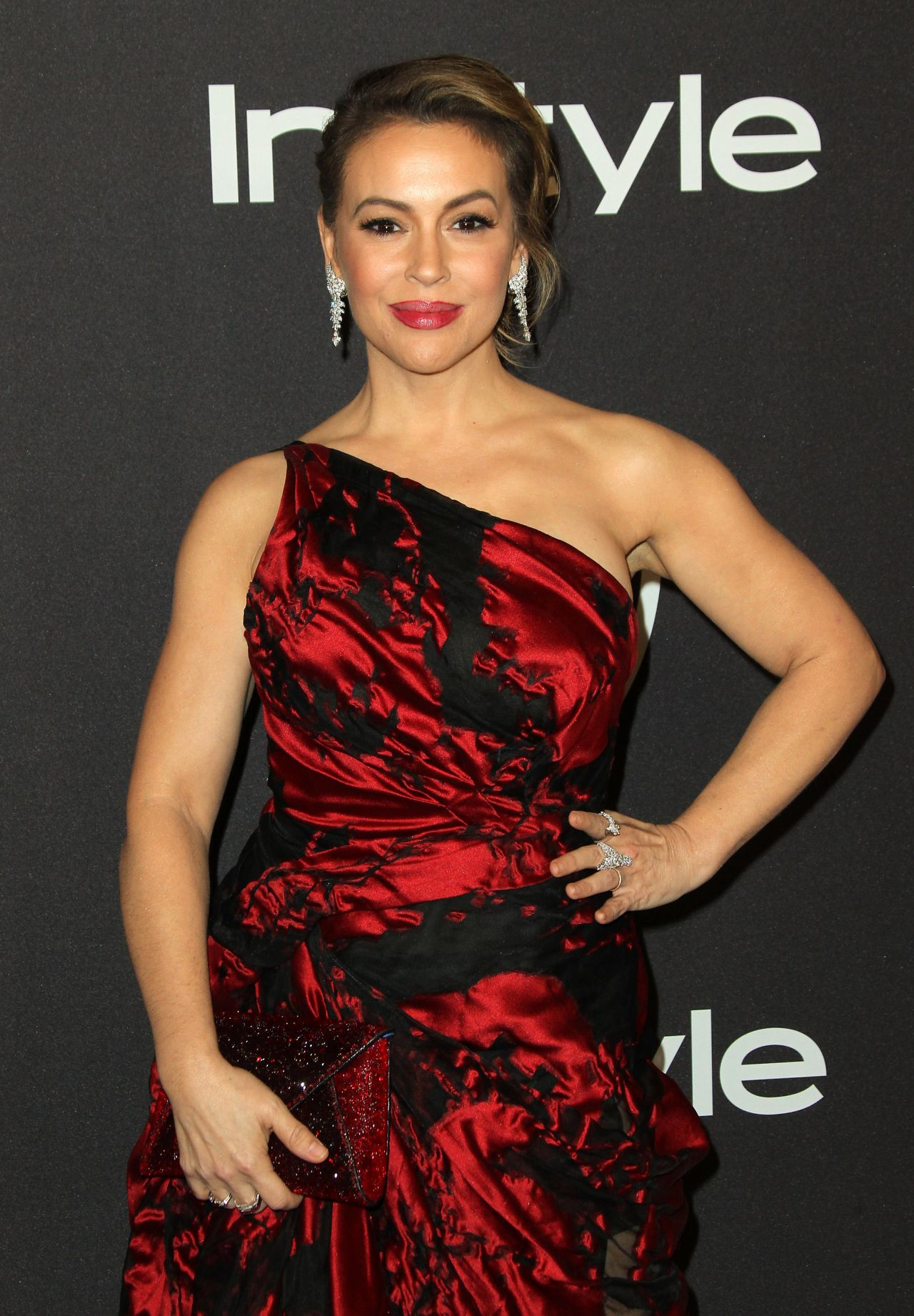 Name:  alyssa-milano-instyle-and-warner-bros-golden-globe-2019-after-party-11.jpg Views: 108 Size:  312.9 KB