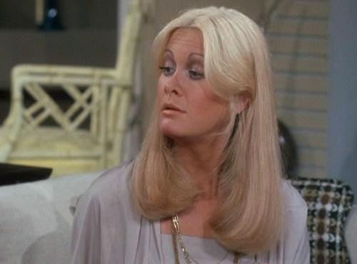 Joan Van Ark Guest Stars On Rhoda Sitcoms Online Photo