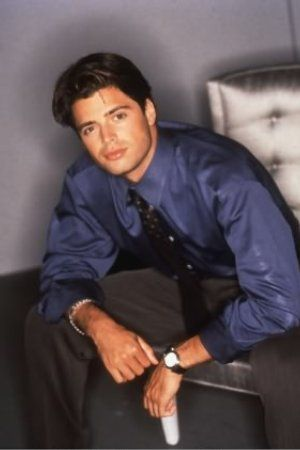 David Charvet - Sitcoms Online Photo Galleries: www.sitcomsonline.com/photopost/showfull.php?photo=81157