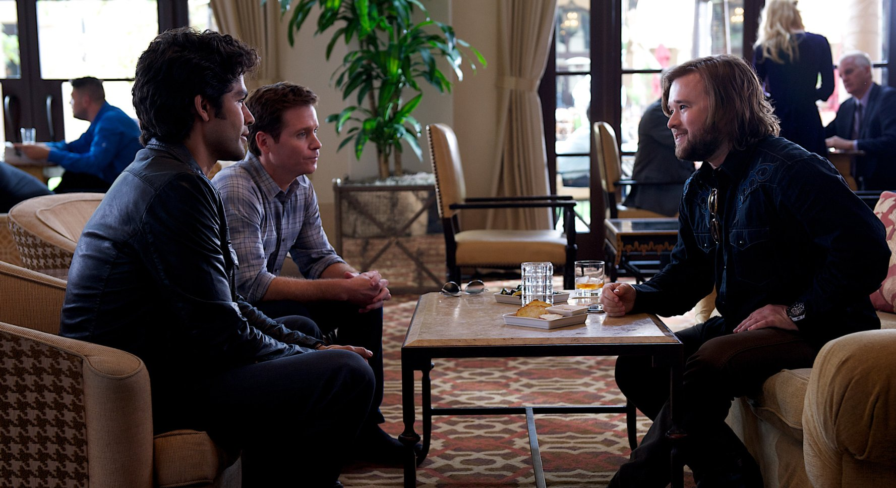 Adrian_Grenier_Haley_Joel_Osment_and_Kevin_Connolly