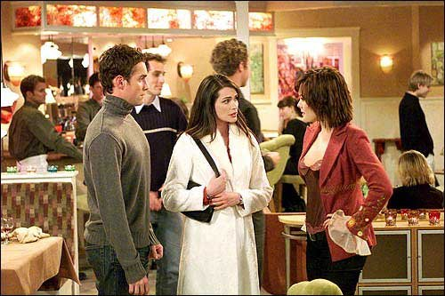 Jay_Harrington_as_Steve_left_Rena_Sofer_as_Susan_center_and_Lindsay_Price