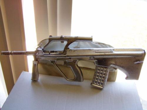 1996_Homeboys_in_Outer_Space_Sitcom_Space_Rifle_Prop_Gun