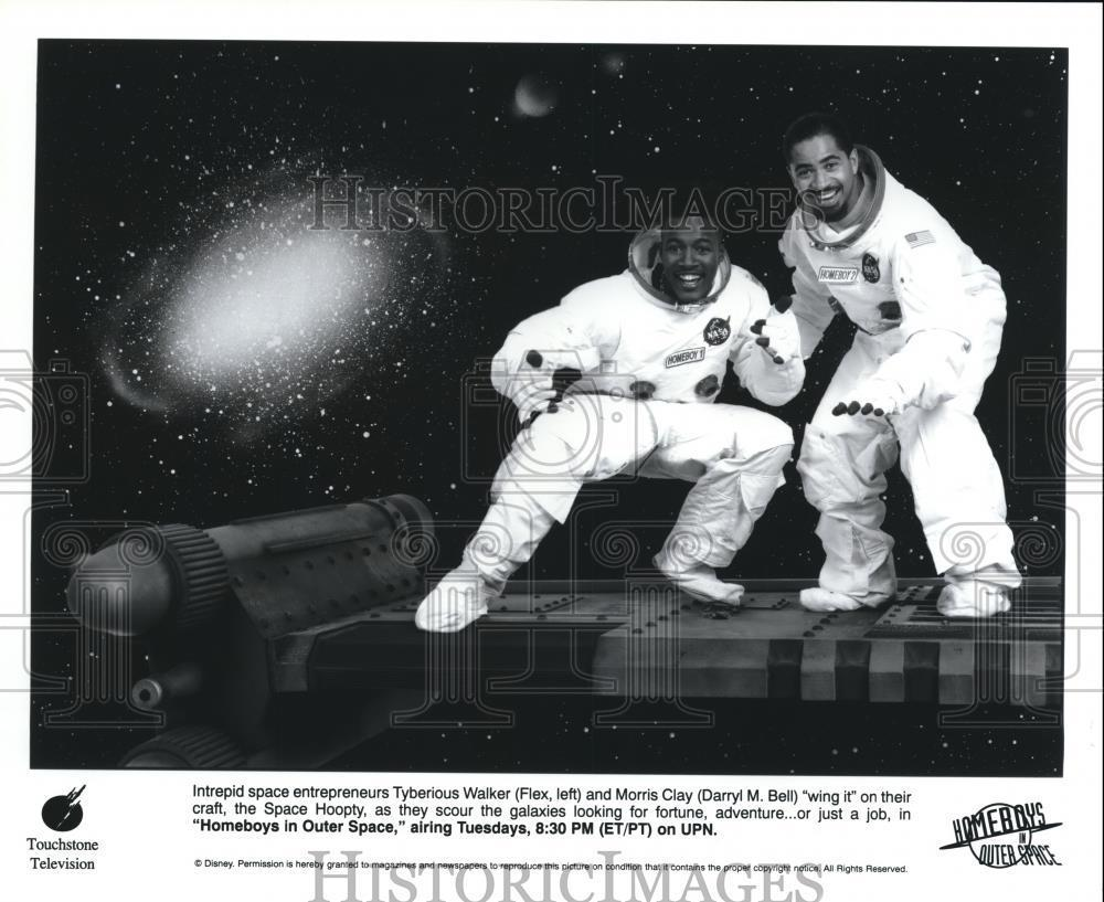 Press_Photo_Flex_and_Darryl_M_Bell_star_in_Homeboys_in_Outer_Space_-_cvp57629
