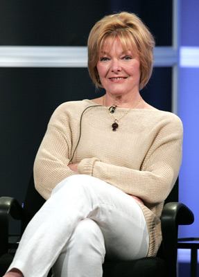 Jane_Curtin_at_an_event_for_Cru