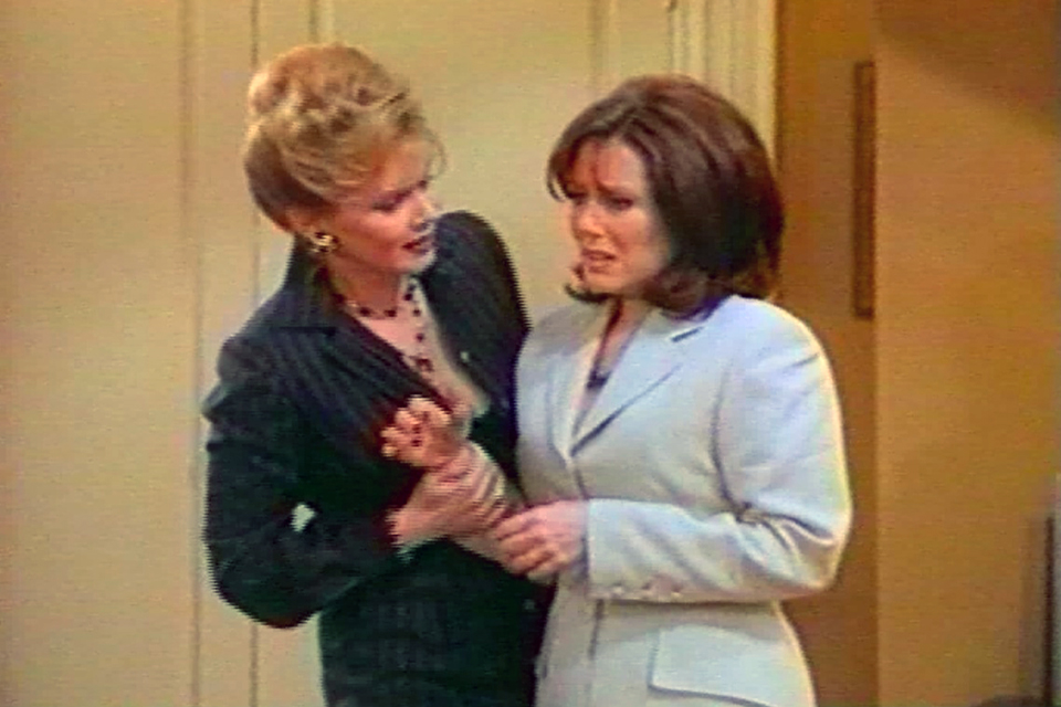 Mary McDonnell high society jean smart