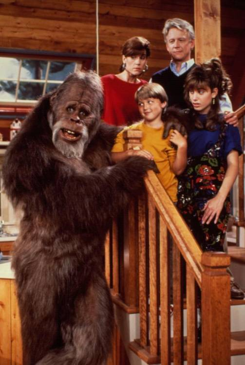 harry and the hendersons cast sitcoms online photo galleries