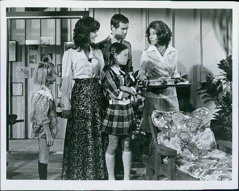 LG115_1973_Here_We_Go_Again_Larry_Hagman_Diane_Baker_Kim_Richards_Press_Photo