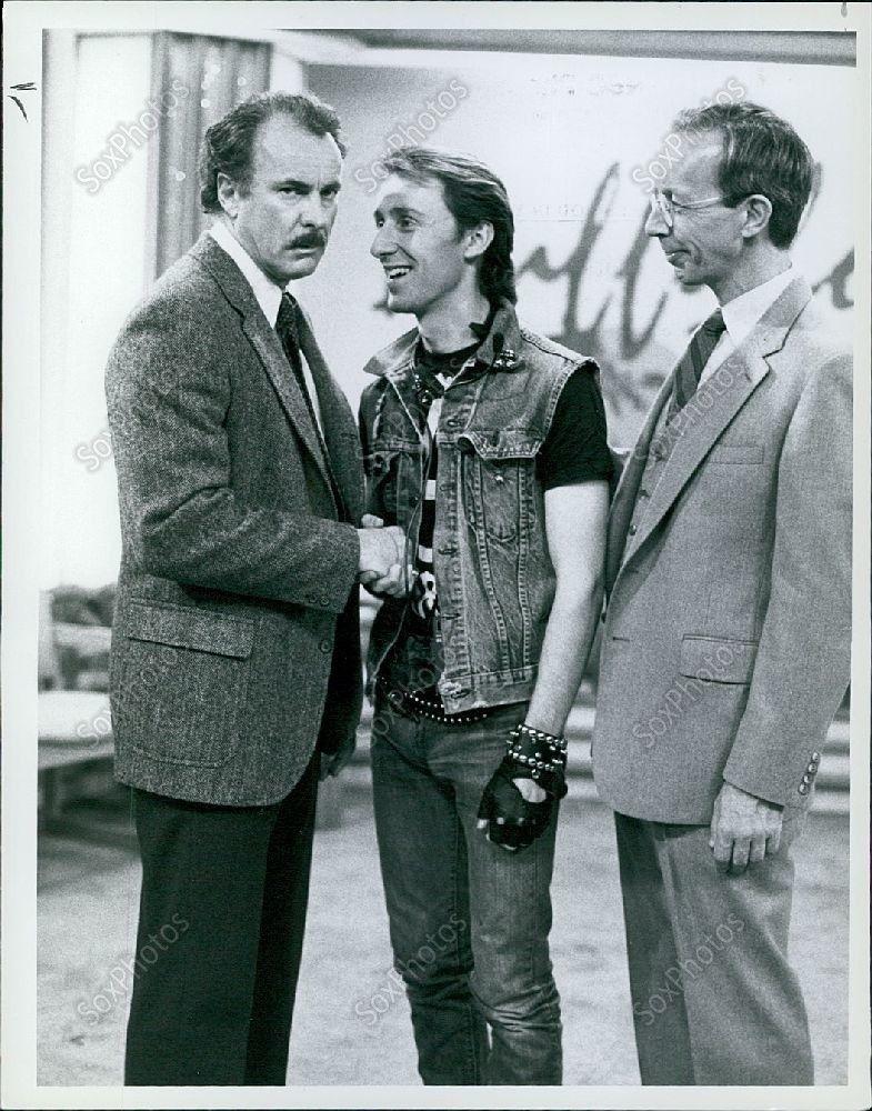 LG128_1984_Buffalo_Bill_Actors_Max_Wright_Sam_Wipple_Dabney_Coleman_Photo
