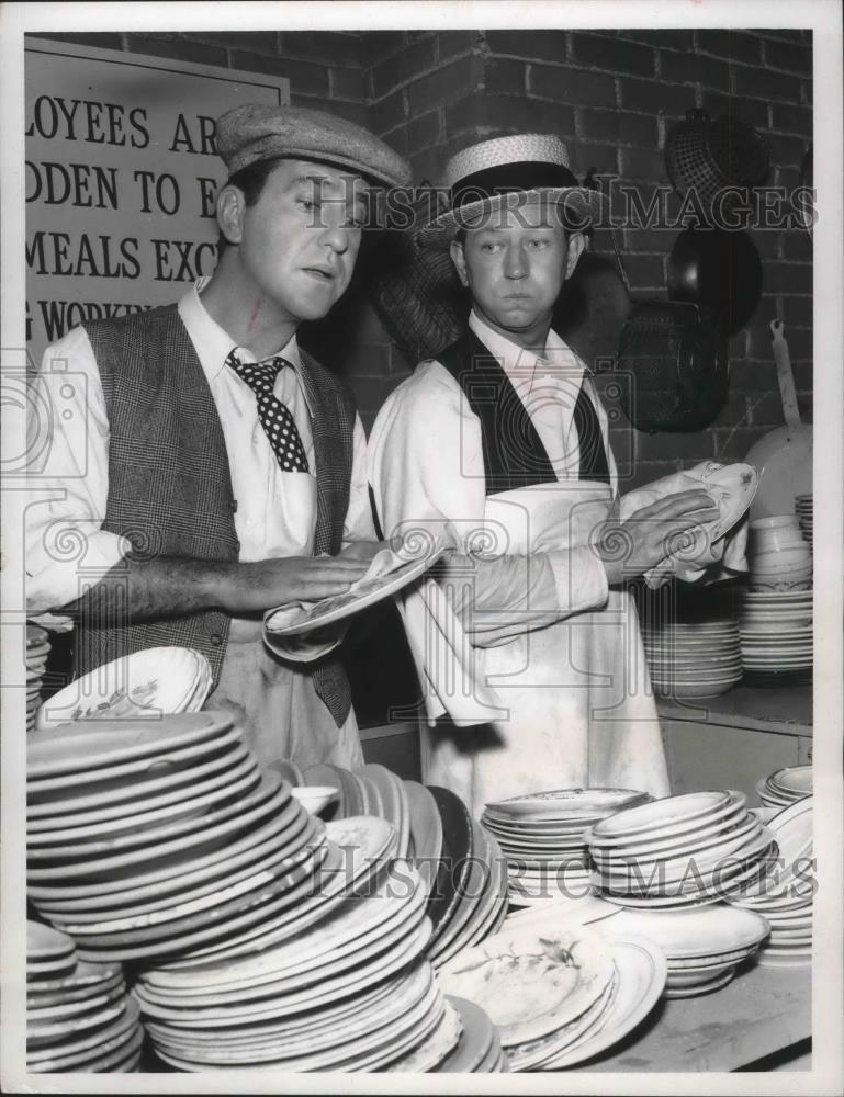 1956_Press_Photo_Actors_Donald_O_Connor_Sidney_Miller_Wash_Dishes_-_mjx38651