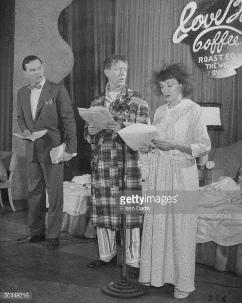 Actor_Paul_Hartman_L_and_his_wife_Grace_performing_in_theater_1