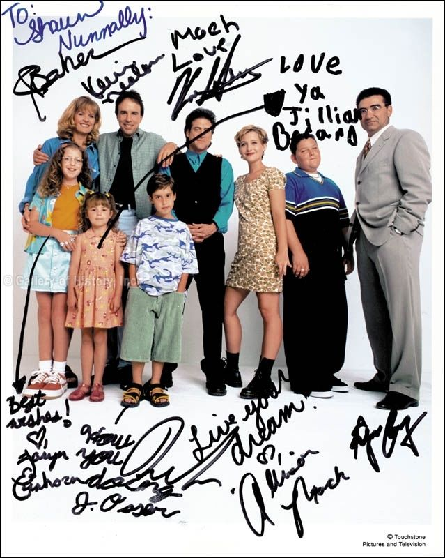 HILLER_DILLER_TV_CAST_-_PHOTOGRAPH_SIGNED_WITH_CO-SIGNERS
