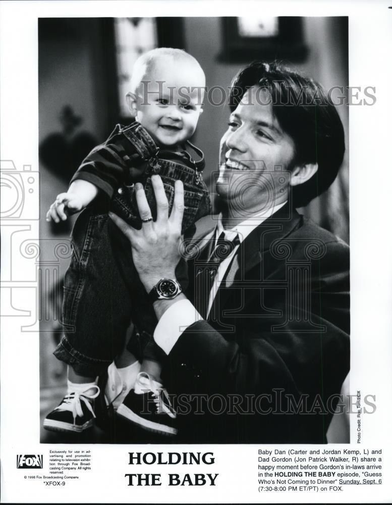 1995_Press_Photo_Carter_John_Kemp_in_Holdi