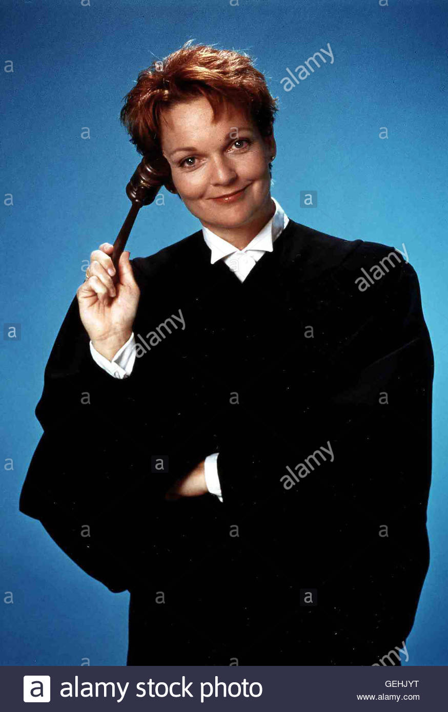pamela-reed-1995-richterin-sydney-j-solomon-pamela-reed-local-caption-GEHJYT
