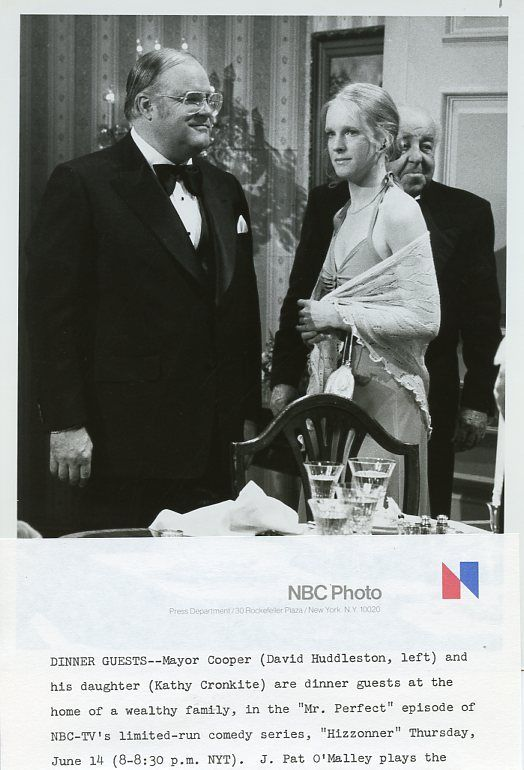 DAVID_HUDDLESTON_KATHY_CRONKITE_HIZZONER_ORIGINAL_1979_NBC_TV_PHOTO