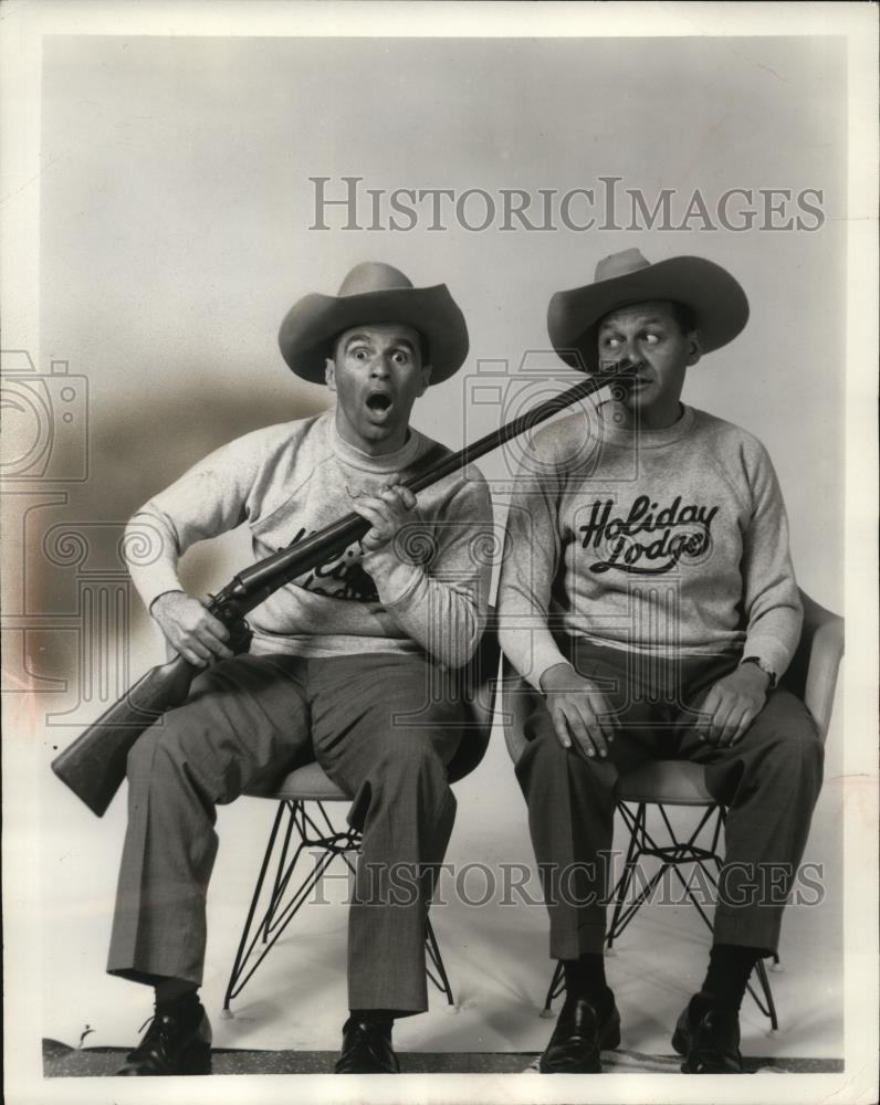 1961_Press_Photo_Johnny_Wayne_and_Frank_Sh