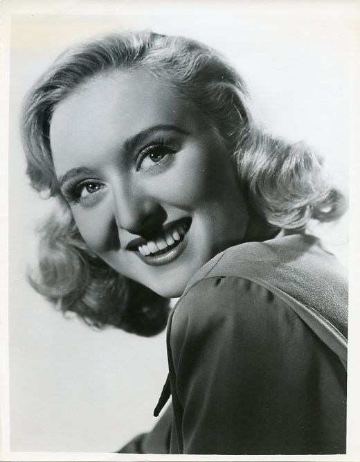 s-CELESTE_HOLM_SMILING_PORTRAIT_HONESTLY_CELESTE_ORIGINAL_1954_CBS_TV_PHOTO