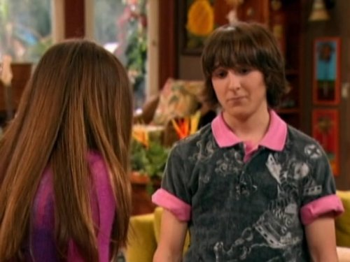 Mitchel_Musso_and_Miley_Cyrus_in_Hannah