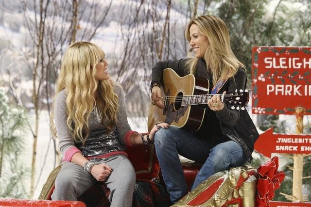 Sheryl_Crow_and_Miley_Cyrus_in_Hannah