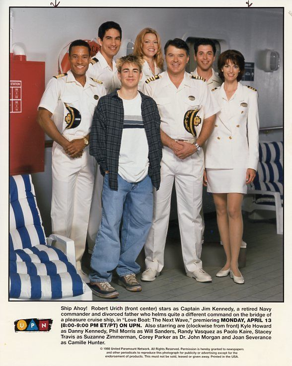 ROBERT_URICH_STACEY_TRAVIS_JOAN_SEVERANCE_LOVE_BOAT_NEXT_WAVE_1998_UPN_TV_PHOTO