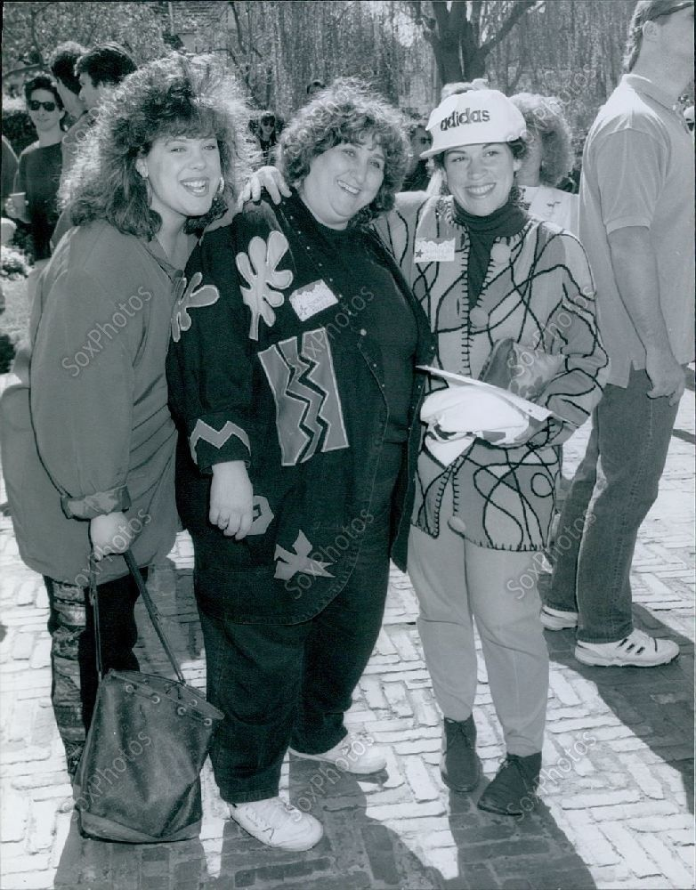 CA150_1991_Wendy_Jo_Sperber_Susan_Peretz_Maclaren_Hall_El_Monte_Press_Photo
