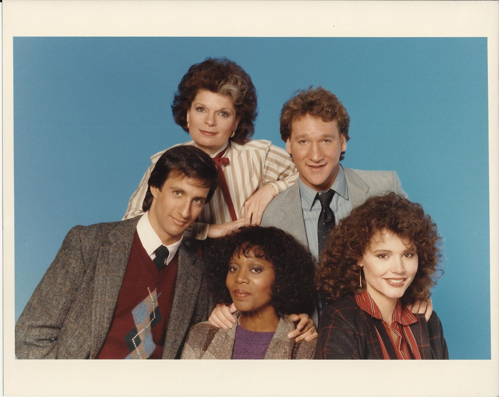 SARA_Cast_-_Original_1980s_NBC_8x10_Photo_-_Bill_Maher_Geena_Davis