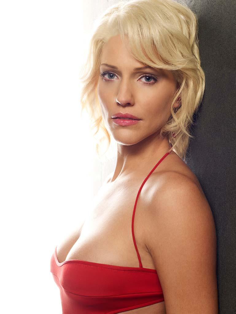 Layla Kayleigh Nude Minimalist beautiful womenv2.0