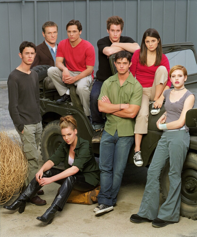 roswell cast season 1 promo   sit s online photo galleries