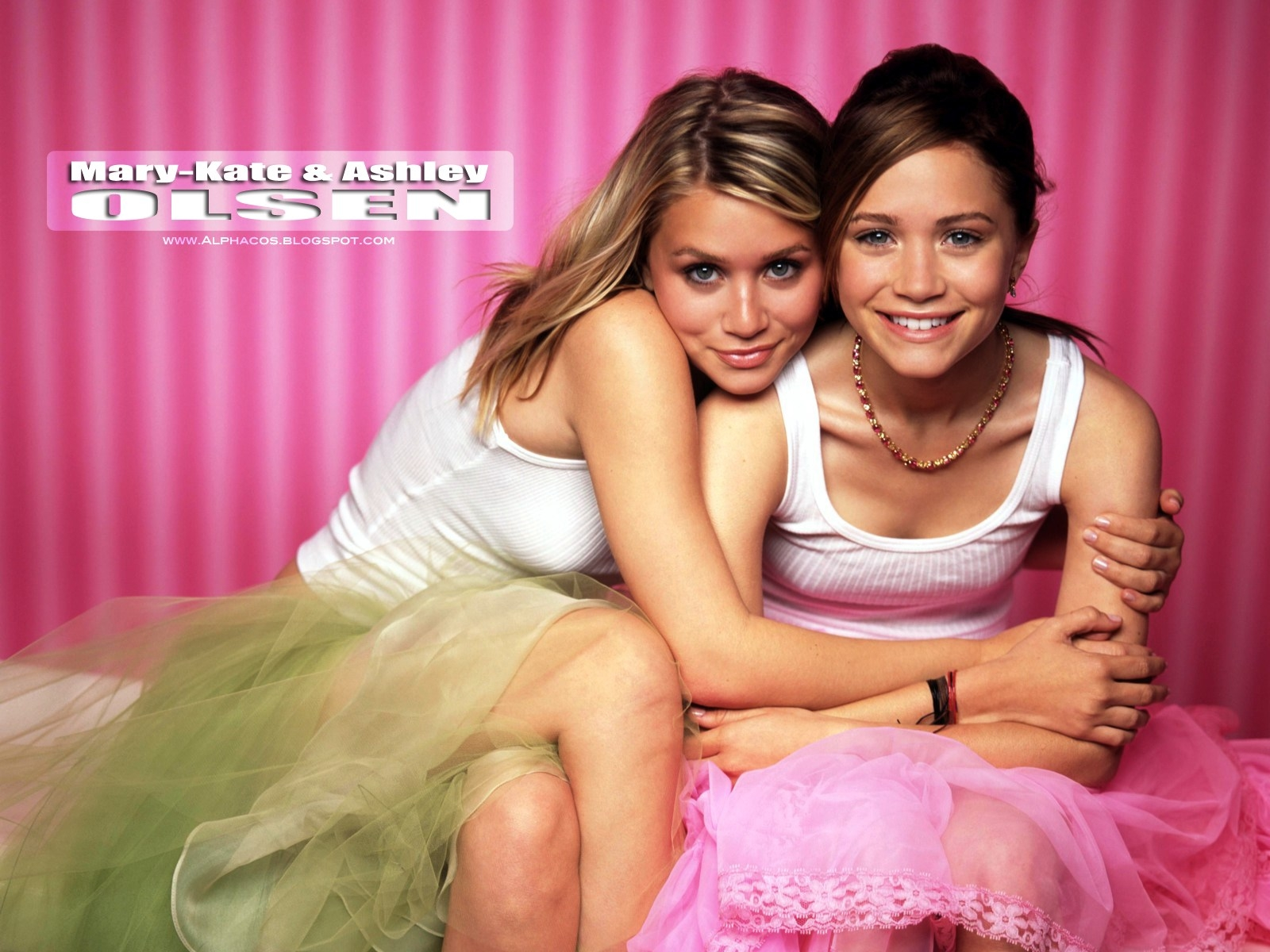 porno-dve-molodenkie-lesbiyanki