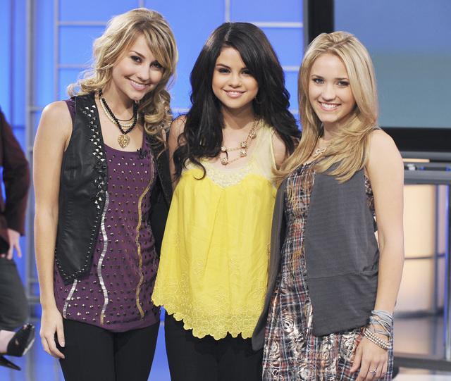 Chelsea_Staub_Selena_Gomez_and_Emily_Osment