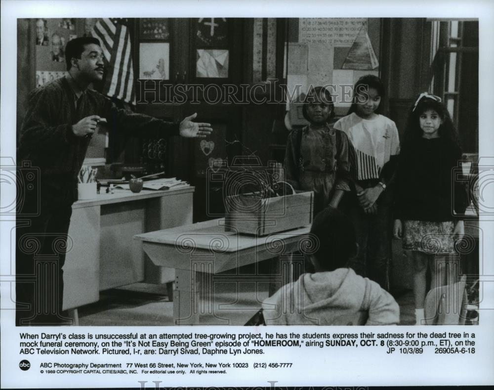 1989_Press_Photo_Darryl_Sivad_and_Daphne_Lyn_Jones_on_Homeroom_on_ABC_