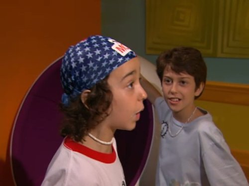 Nat_Wolff_and_Alex_Wolff_in_The_Naked_Brot