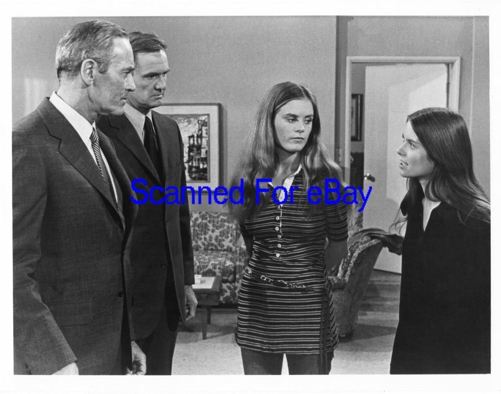 Ellen Corby,Renee Clama Adult fotos Joan Meredith,R. J. Adams
