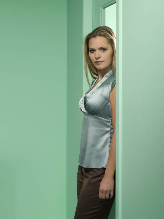 james roday dating maggie lawson