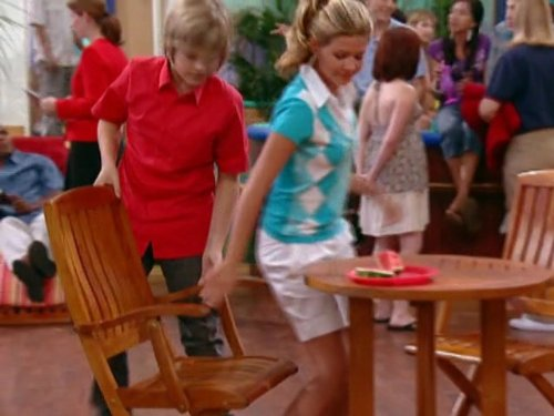 Dylan_Sprouse_and_Gilland_Jones_in_The_Suite_L