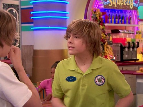 Dylan_Sprouse_in_The_Suite_Life_ore
