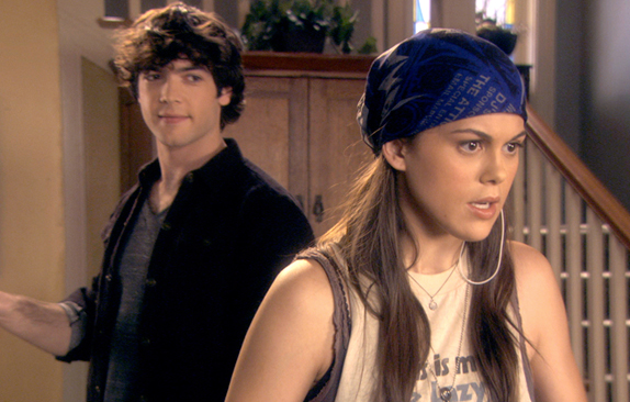 Lindsey Shaw And Ethan Peck Ethan Peck & Linds...