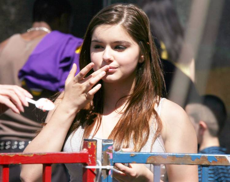 Ariel Winter Sitcoms Online Photo Galleries