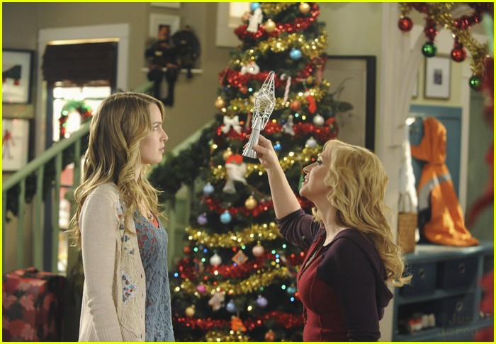 good-luck-charlie-christmas-01