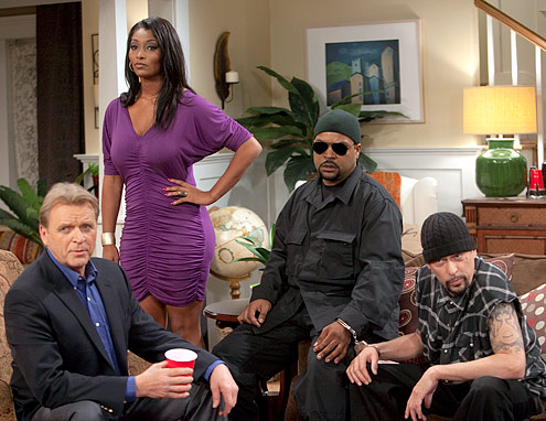 are-we-there-yet-41-_Ice_Cube_David_Rasche_Louis_Ortiz_and_Toccara_Jones