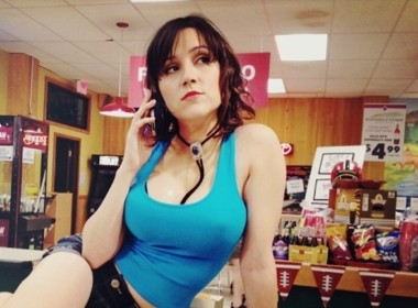 Shannon Woodward as Sabrina - Sitcoms Online Photo Galleries