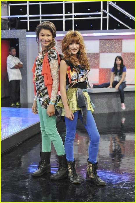 Bella Thorne and Zendaya Coleman Shake It Up StillZendaya And Bella Thorne Shake It Up