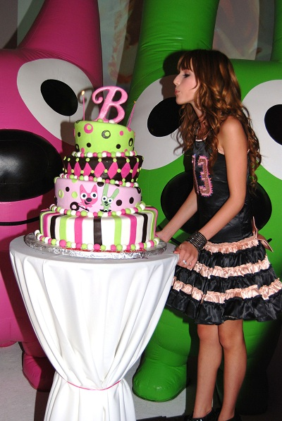 Birthday Party Ideas For 19 Year Old Female 21 Best Images About 1 Yr Ts Source Bella Thorne 13th Celebration Sitcoms Online Photo